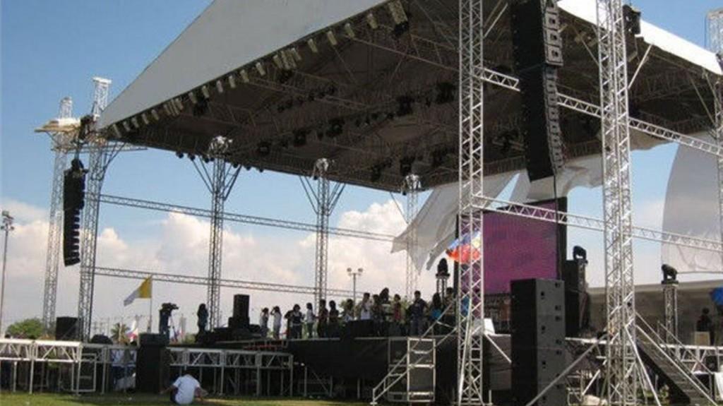 pl1102353-aluminum_truss_stage_truss